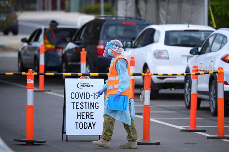 Com cinco milhões de pessoas, a Nova Zelândia contabilizou 25 mortes pelo novo coronavírus desde o início