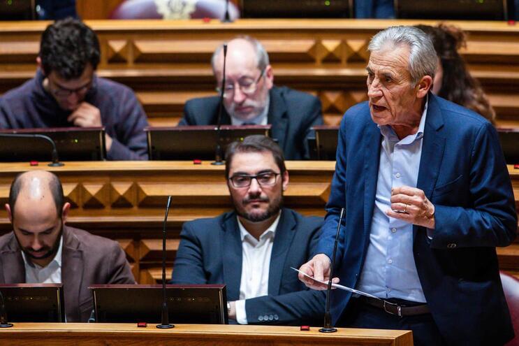 Jerónimo de Sousa criticou gestão do dossier sobre novo aeroporto