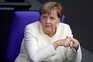 Merkel defende novas medidas após Alemanha registar mais 2000 casos