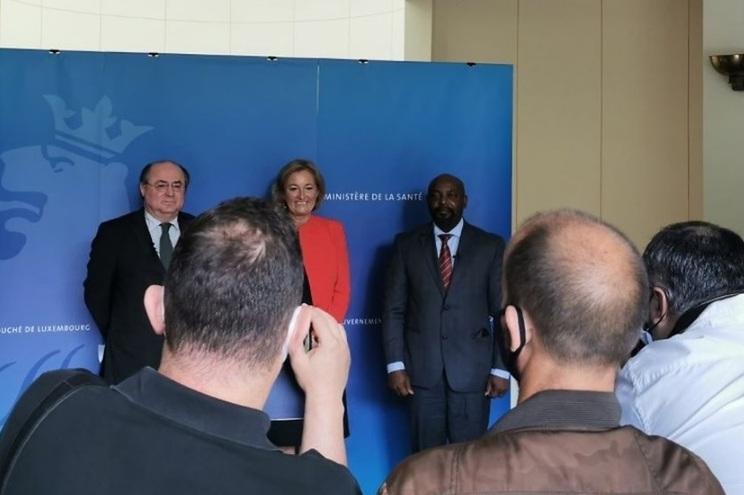 António Gamito, Embaixador de Portugal no Luxemburgo, Paulette Lenert, ministra da Saúde luxemburguesa