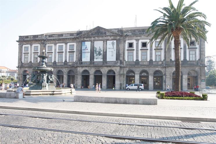 Marcelo recebido com protestos na Universidade do Porto