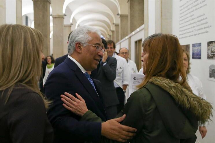 Costa visitou hoje os serviços de Imagiologia e Urologia no Centro Hospitalar Lisboa Central – Hospital