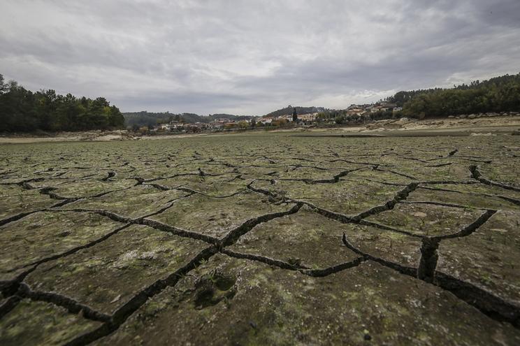 Nova campanha vai apelar à poupança de água