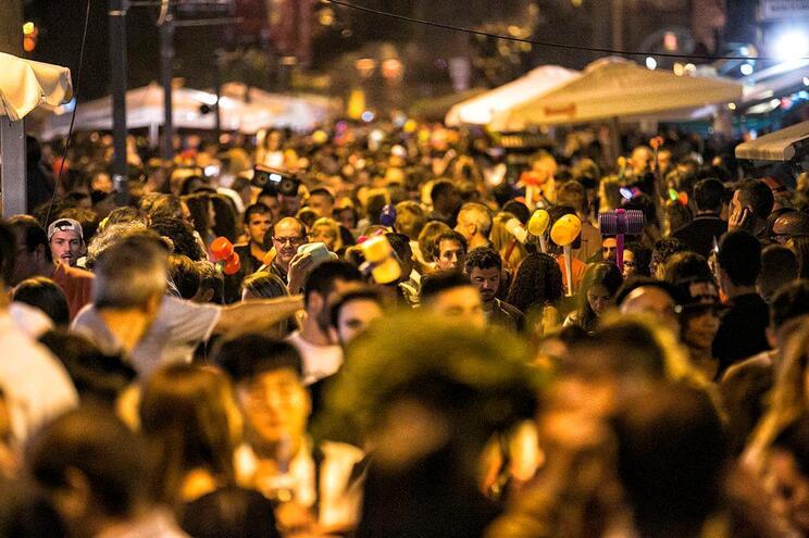 Saiba que ruas vão estar cortadas na noite de São João no Porto