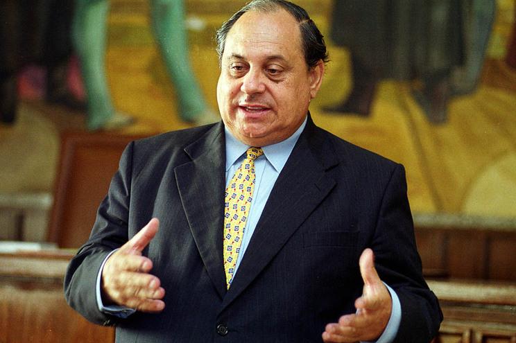 Mário Frota, presidente da Associação Portuguesa de Direito do Consumo, é um dos subscritores
