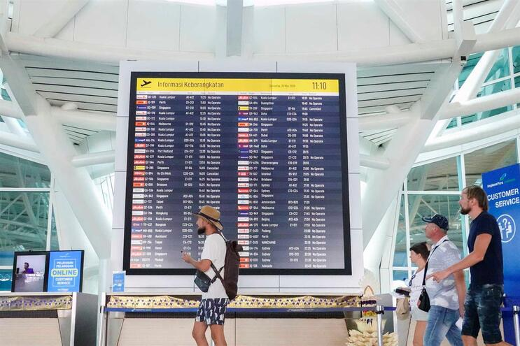 Comissão Europeia prevê turismo limitado dentro da Europa este verão