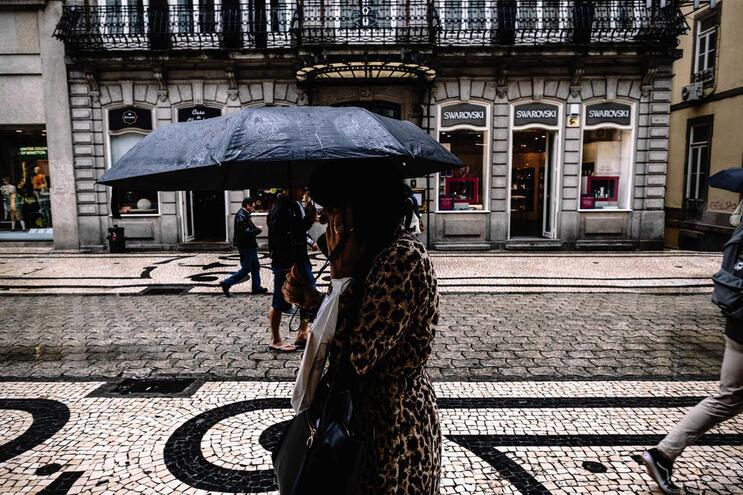 Chuva forte no Norte. Porto, Braga, Vila Real e Viana sob aviso amarelo