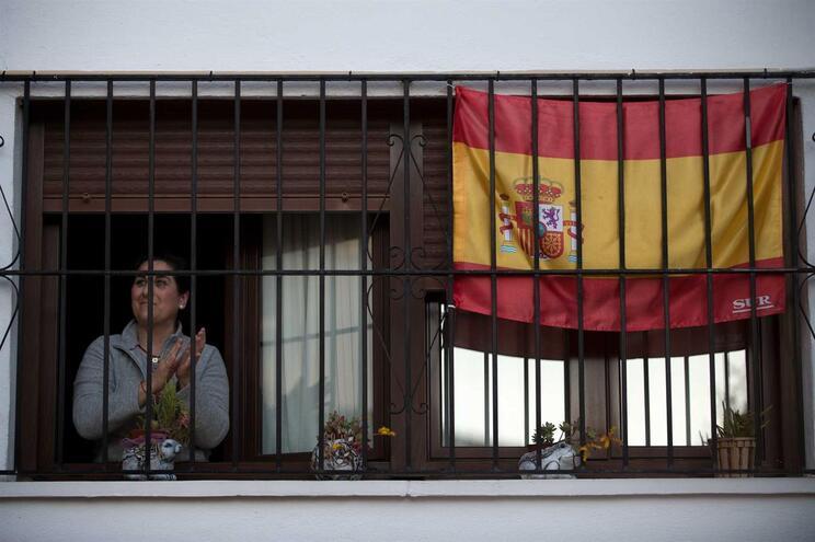 Espanha em está em isolamento social