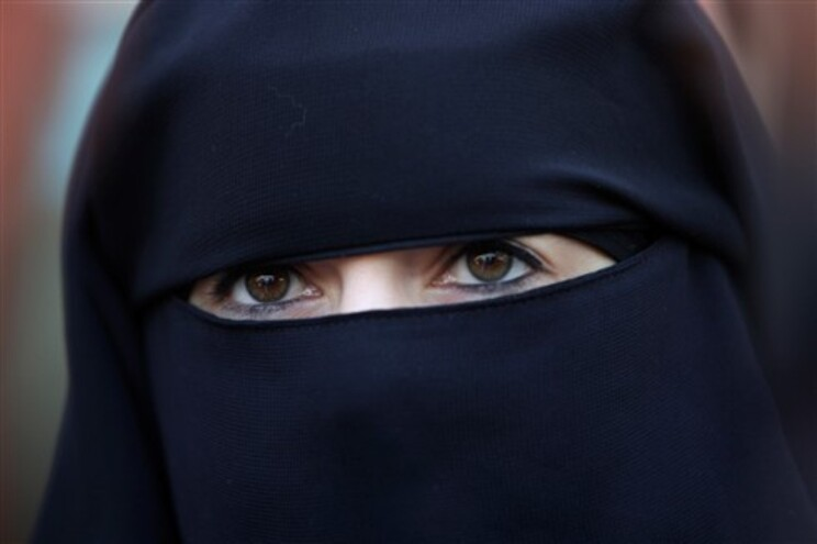 Hassa bin Salman tem 42 anos