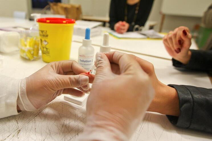 Teste rápido de VIH