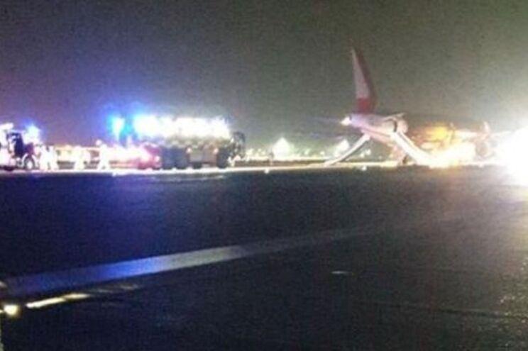 Voos suspensos em aeroporto de Londres após descolagem falhada