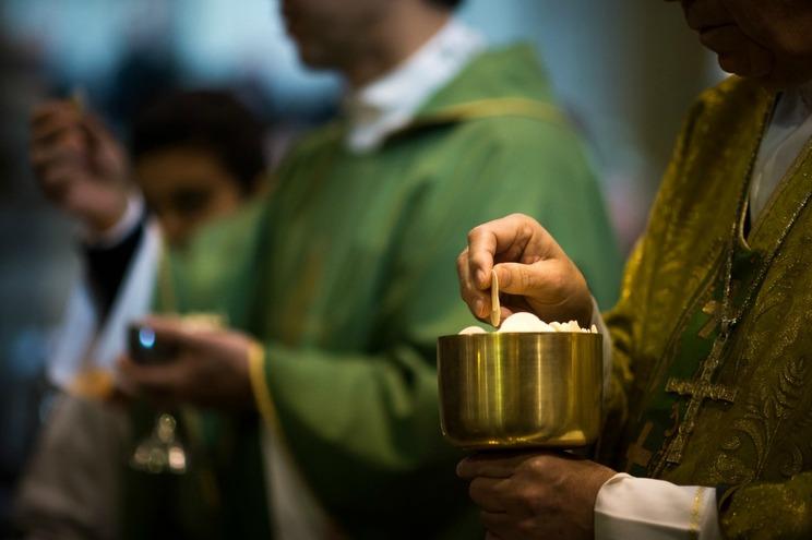 Diocese do Funchal afasta padre por suspeita de abuso sexual de um menor
