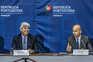 O ministro cessante das Finanças, Mário Centeno, e o secretário de Estado do Orçamento e ministro indigitado