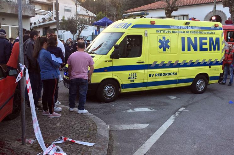 Um morto em atropelamento por vingança em Paredes