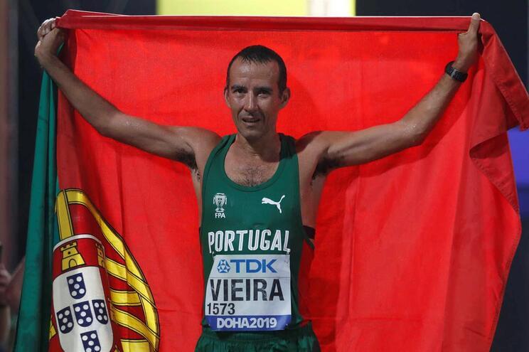 João Vieira conquista medalha de prata nos Mundiais de atletismo