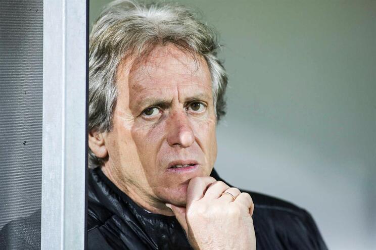 """Jorge Jesus: """"Agora é o Benfica que tem de ganhar para manter o segundo lugar"""""""