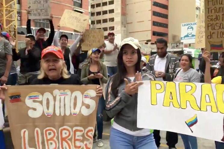 """Funchal expressa """"solidariedade"""" e pede reposição da democracia na Venezuela"""
