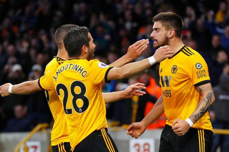 Wolverhampton vence Arsenal com dois golos portugueses