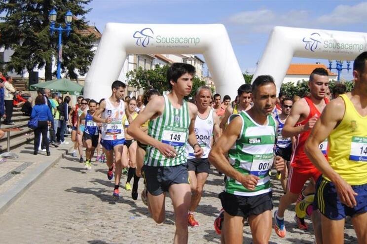 Português no Brasil organiza prova de atletismo para homenagear o filho