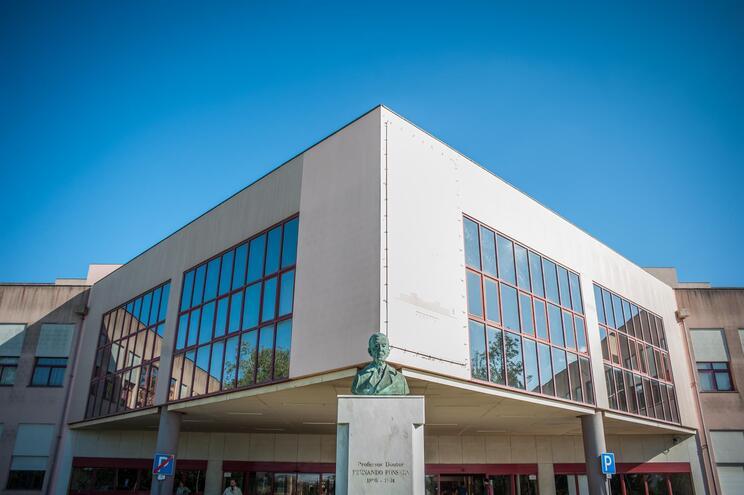 Hospital Amadora-Sintra com nova urgência dedicada à pandemia em novembro