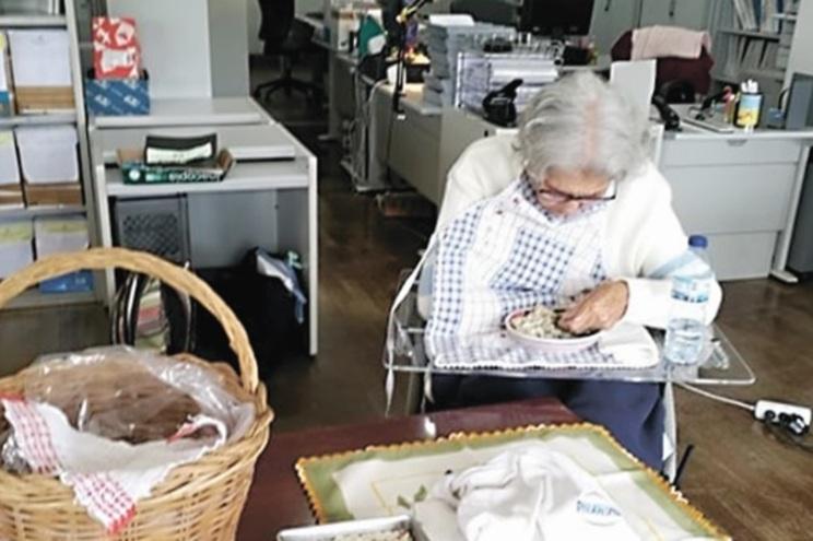 A idosa passou dia e meio no DIAP, para que a filha pudesse cuidar dela