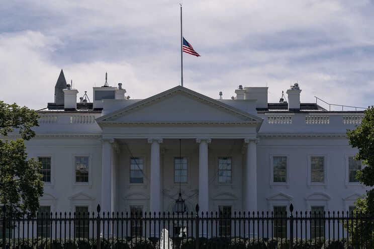 Ainda não é possível saber se o envelope foi intercetado antes de ter chegado à Casa Branca