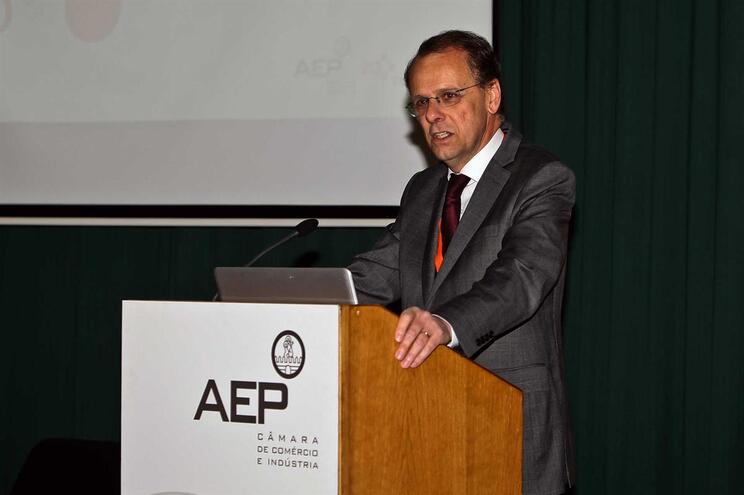 Paulo Nunes de Almeida era presidente da AEP