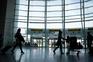 Tráfego de passageiros da aviação cai 69% em setembro em Portugal