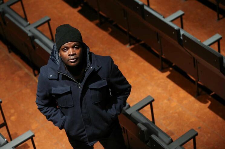 """Casal ameaçado pondera queixa contra Valete. Rapper critica """"feministas pop star"""""""
