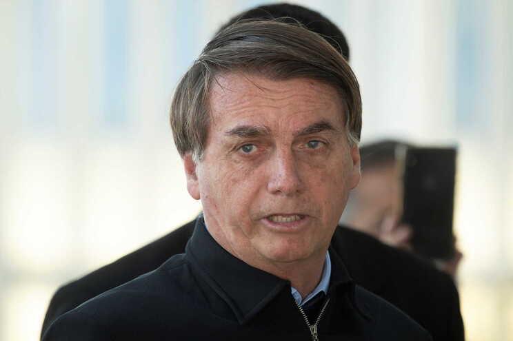 Dez deputados e um senador aliados de Bolsonaro viram levantado o sigilo bancário das suas contas