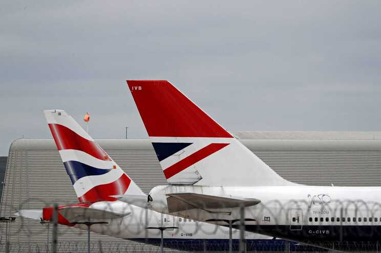 Portugal excluido da lista de destinos de baixo risco de Inglaterra