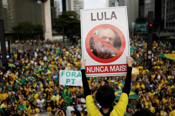 Apoiantes de Jair Bolsonaro