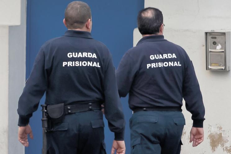 Insulto de chefe para guarda por causa de trabalho na greve valeu punição disciplinar para o subordinado