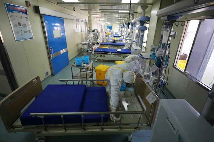 China regista oito novos casos, número mais baixo desde que há registo de Covid-19