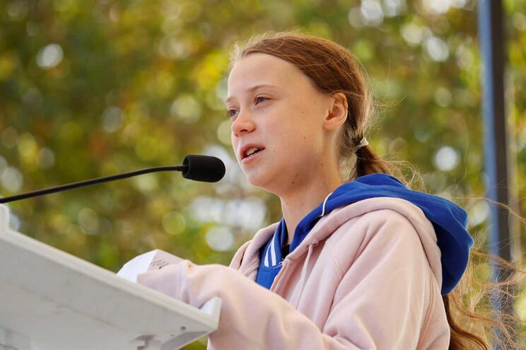 Greta Thunberg inspirou dezenas de jovens a aderirem à Greve Climática Estudantil em defesa do planeta