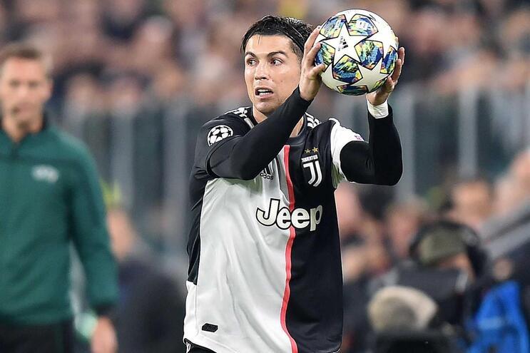 "A ""defesa"" de Cristiano Ronaldo que está a dar que falar"