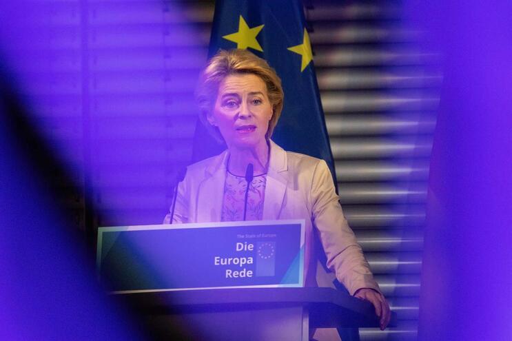 """Presidente eleita da Comissão Europeia diz que """"choque"""" do Brexit reforçou UE"""