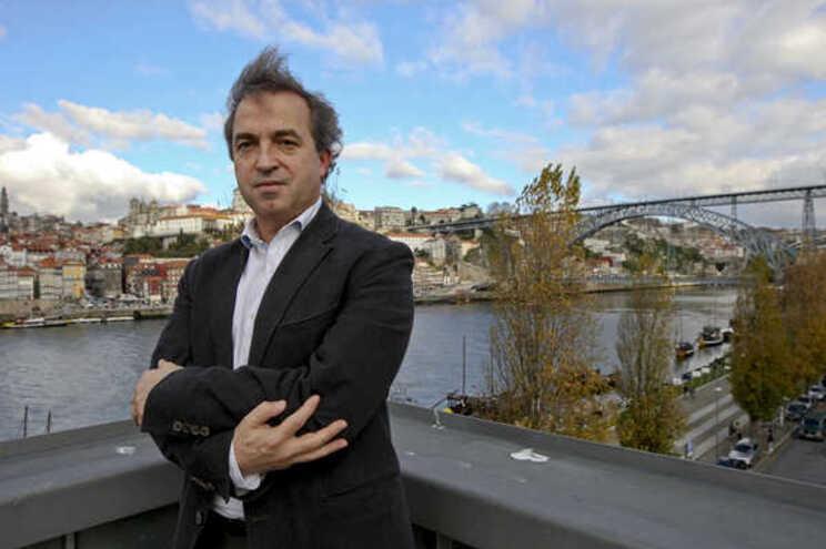 O presidente do Conselho de Reitores das Universidades Portuguesas (CRUP), António Fontainhas Fernandes