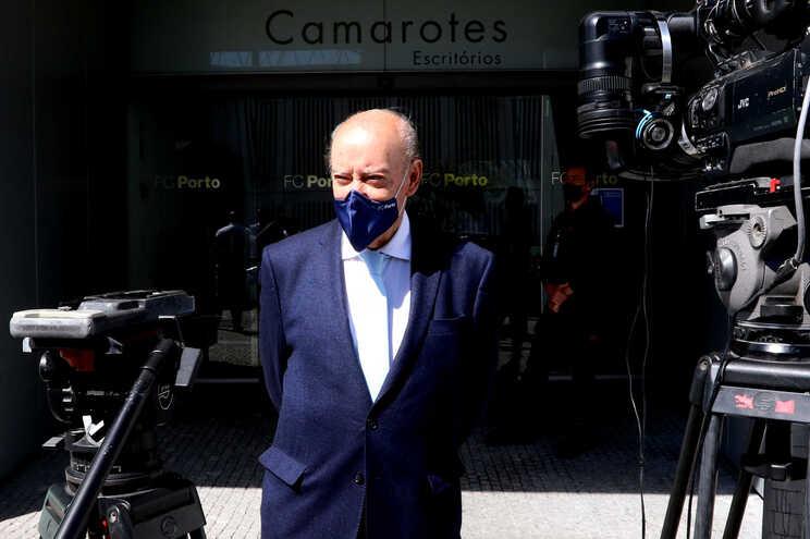 Pinto da Costa foi reeleito este domingo