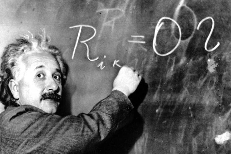 Einstein viria a renunciar à cidadania em alemã em 1933, depois de Hitler se tornar chanceler