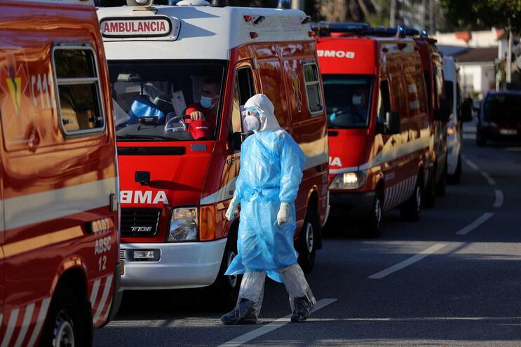 Portugal ultrapassa as 700 mortes e os 20 mil infetados com Covid-19