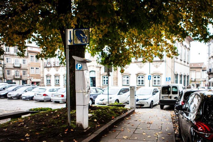 Condutores vão pagar menos para estacionar em Braga