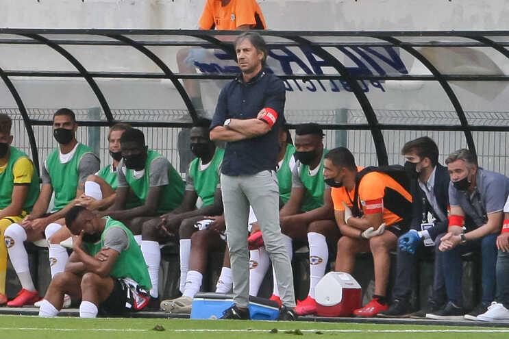 Varzim anunciou a saída do treinador Paulo Alves