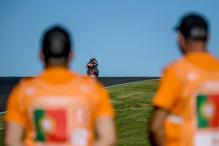 """Miguel Oliveira diz que vento o ajudou na primeira """"pole"""" da carreira"""
