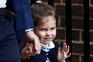 O irmão nasceu mas foi a princesa Charlotte quem apaixonou o Mundo