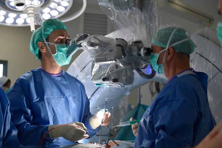 Doentes com cancro suspendem tratamentos e ficam sem cirurgias