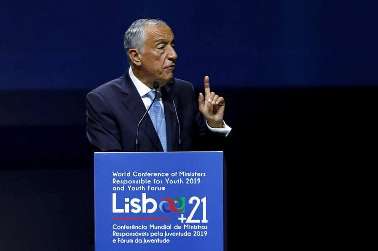 Marcelo quer reflexão sobre o que está errado no sistema político que afasta jovens