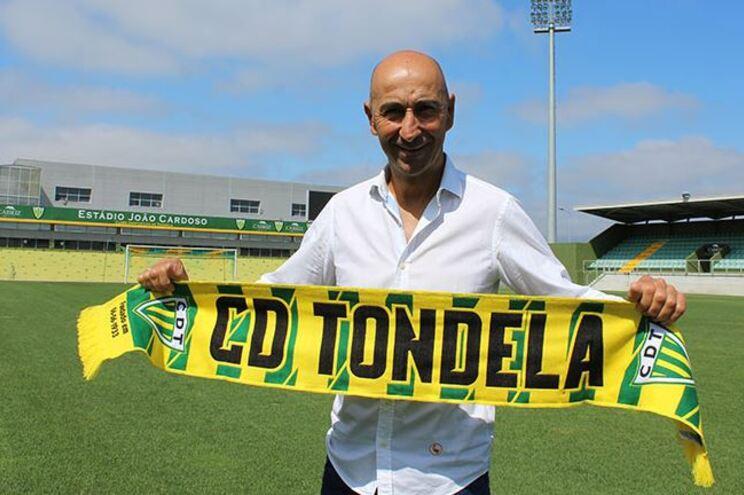 Pako Ayestarán é o novo treinador do Tondela