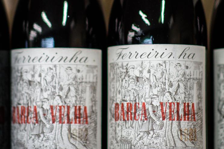 """ASAE apreendeu oito garrafas de vinho """"Barca Velha"""" falsificados"""