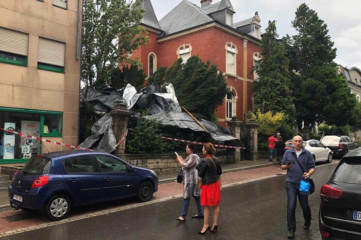 Na região atingida pelo tornado residem cerca de 20 mil portugueses
